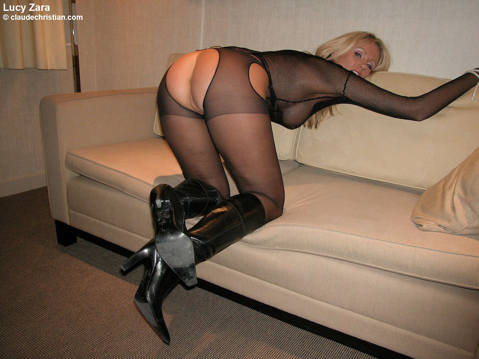 Kinky sex handcuffed